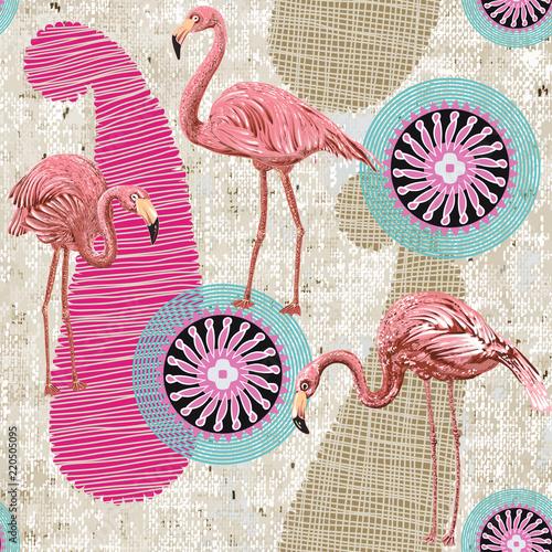 z-flamingami-na-geometrycznym-tle-utrzymanym-w-stylu-retro