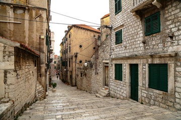 Fototapeta na wymiar Narrow streets of Šibenik (Croatia)