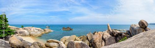 Poster Taupe Panorama Hin Ta Hin Yai, beautiful nature landscape of exotic rocks coastline near the blue sea under the summer sky at Lamai beach of Koh Samui island, Surat Thani province, Thailand