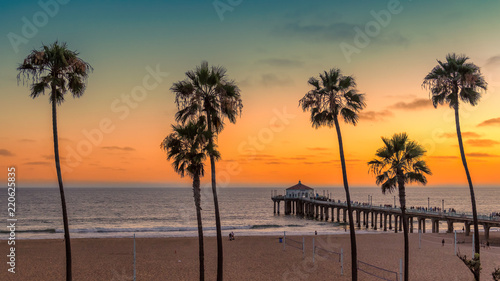 Palm trees at Manhattan Beach. Vintage processed. Canvas Print