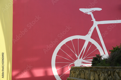 In de dag Fiets Bicicletta sul muro