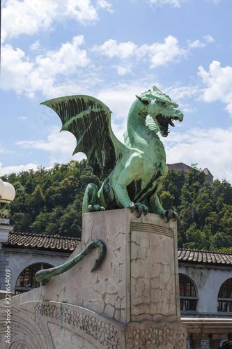 Cadres-photo bureau Dragons Dragon bridge in Ljubljana, Slovenia