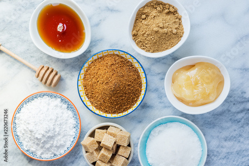 Keuken foto achterwand Aromatische Different Kinds of Sugar and Sweeteners in the Bowls