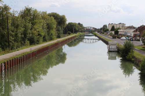 canal de Beautor Canvas Print