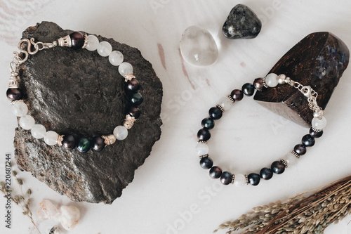 Cuadros en Lienzo Bracelets made of natural stone and silver