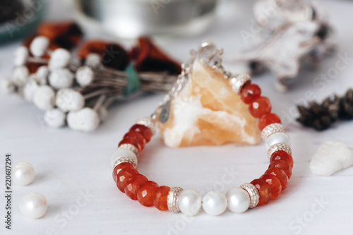 Fotomural Bracelets made of natural stone and silver
