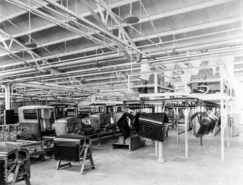 Fotografie, Obraz  Ford assembly line: United States, 1930