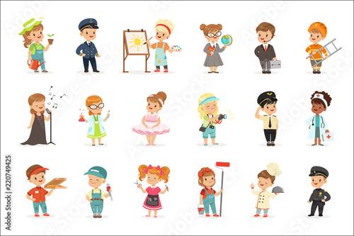 Cuadros en Lienzo Cute kids in various professions set