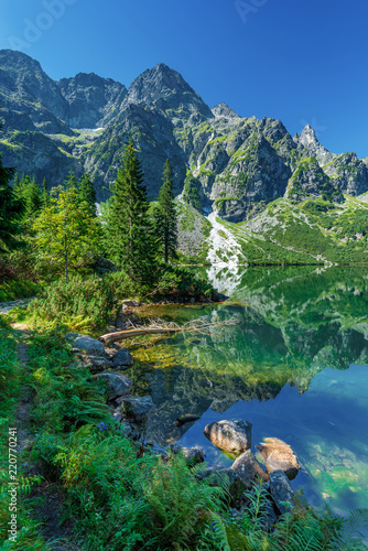 Fototapeta Green water lake Morskie Oko, Tatra Mountains, Poland obraz