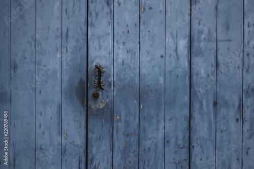 Photo Portone blu in legno
