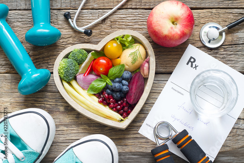 Healthy lifestyle concept with diet  fitness and medicine Fototapeta