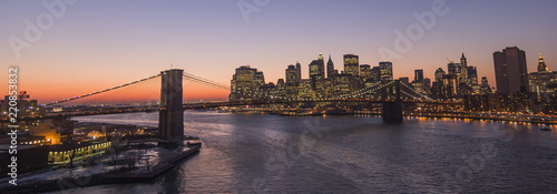 Foto auf Leinwand Brooklyn Bridge New York - Brooklyn Bridge and Lower Manhattan