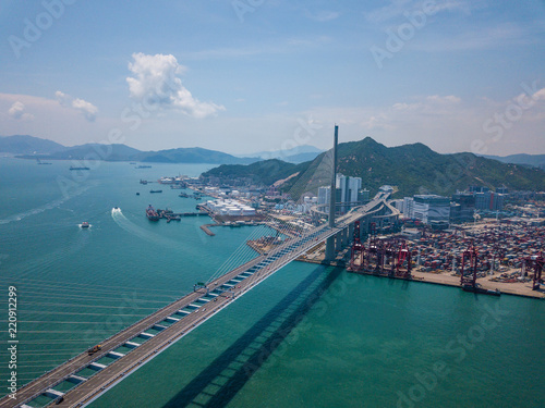 Tuinposter Poort Top view of Kwai Tsing Container Terminals