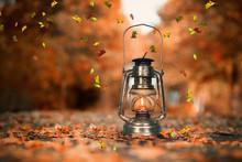 Laterne In Der Herbstallee