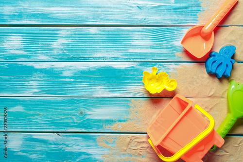 Photo  Children toys on wooden deck