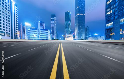Keuken foto achterwand Nacht snelweg Empty road floor surface with modern city landmark buildings of guangzhou bund Skyline