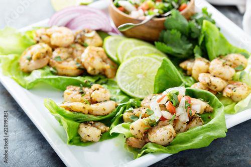 Fotografie, Obraz  Spicy shrimp lettuce wraps with salsa
