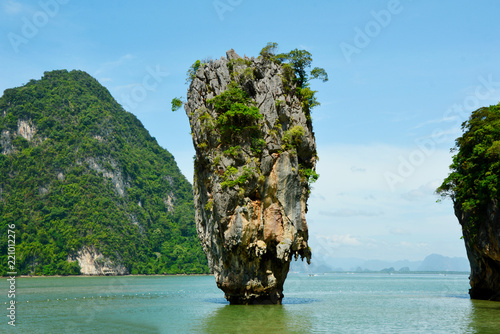 Foto op Canvas Eiland James bond Island or Khao Tapu In Phang Nga Bay Thailand.