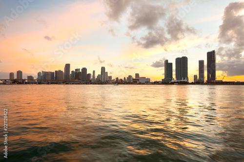 Spoed Foto op Canvas Verenigde Staten Downtown skyline at dusk, Miami, Florida, USA