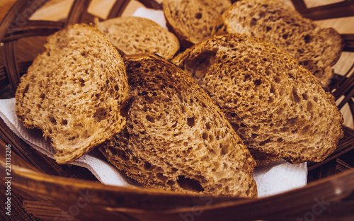 Poster Brood slices of black bread with and sesame