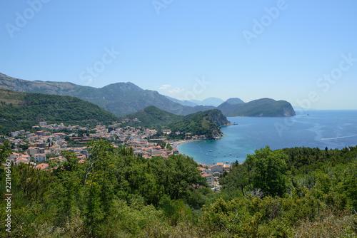 Foto  Panoramic view of coastline near Petrovac, Montenegro.
