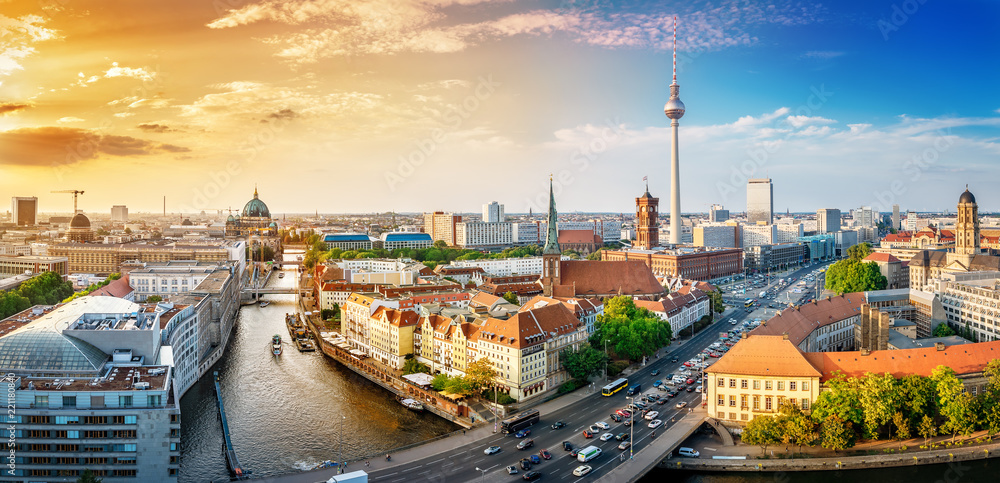 Fototapety, obrazy: panoramic view at the berlin city center at sunset
