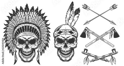 Photo Set of skull in indian headwear