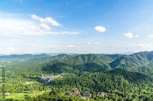Foto op Aluminium Blauwe hemel landscape of west lake in hangzhou china