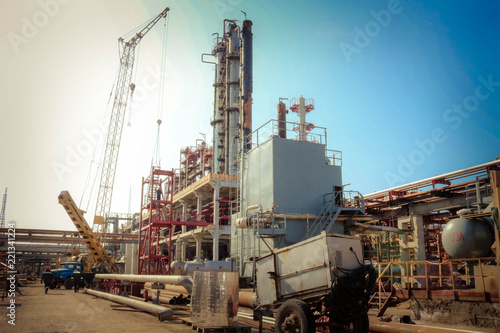 Construction site for the construction of an oil refinery with
