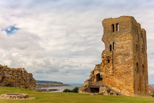 Ruins Of Medieval Scarborough ...