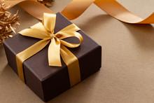 華やかなプレゼントのイメージ