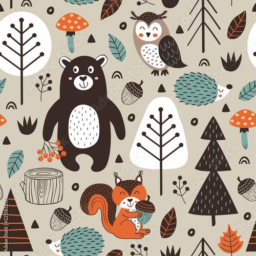 wzor-ze-zwierzetami-lesnymi