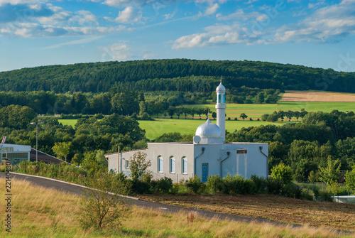Fotografie, Obraz  Die Bait-ul-Huda-Moschee in Usingen im Taunus
