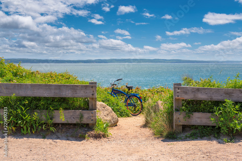 Poster Verenigde Staten Bike left on Cape Cod beach trail , Massachusetts.