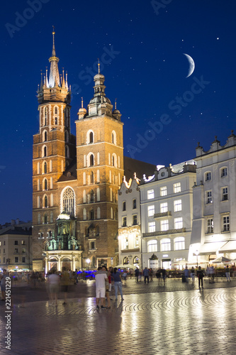 Poster Cracovie St. Mary's Basilica or tower in old Krakow, Poland