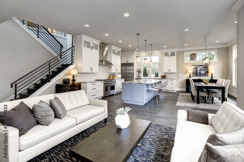 Fototapety, obrazy: Large modern luxury living room interior in Bellevue home.