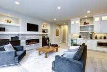 Beautiful Modern Living Room I...