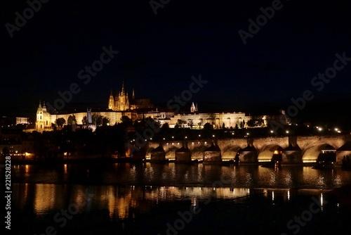 Fotobehang Volle maan night view of prague