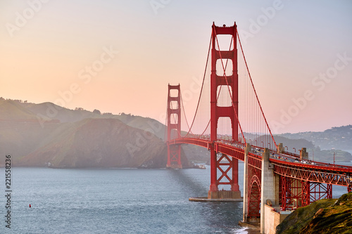 Fotobehang San Francisco Golden Gate Bridge at sunset, San Francisco, California
