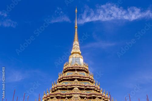 Foto op Plexiglas Bedehuis Top roof of Thai temple