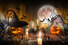 Halloween Pumpkins On Wooden P...