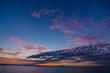 夜明けの海と空