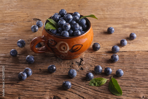 Photo  Sloes in bowl