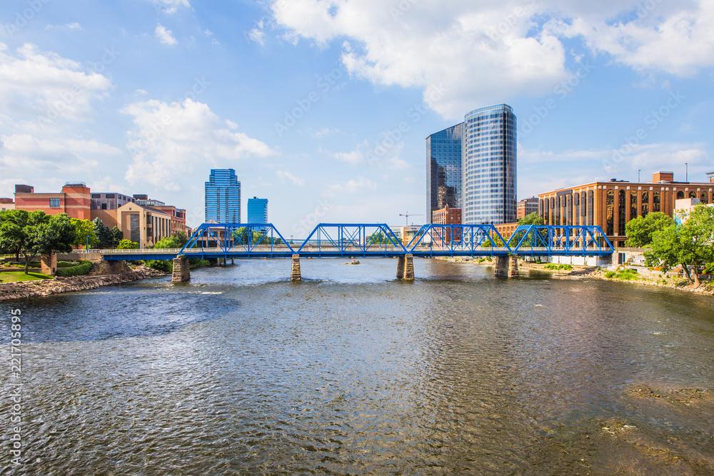 Fototapeta Downtown Grand Rapids Michigan view from the Grand River