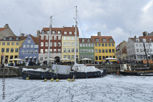 Photo  Colored facades of Nyhavn in Copenhagen in Denmark in winter