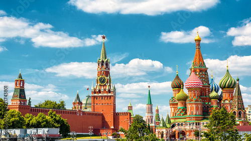 Poster Moscow Moscow Kremlin and St Basil's Cathedral, Russia