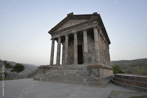 Spoed Foto op Canvas Bedehuis Garni Temple - Armenia