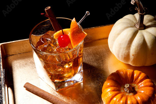 Fall Drinks - Old Fashioned Cocktail