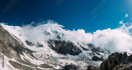 panoramiczny-widok-na-alpy-francuskie