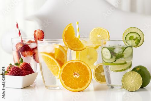 Spoed Foto op Canvas Cocktail Fresh infused waters